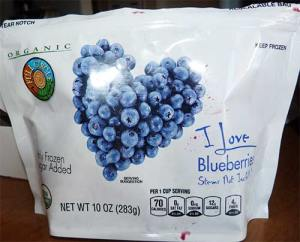 Bag of thawed out organic blueberries - Full Circle brand.